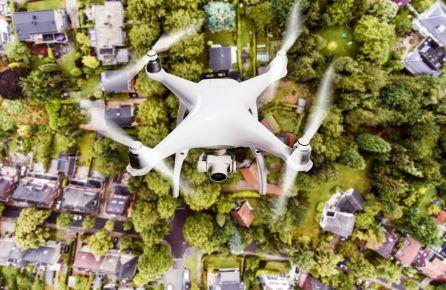 dronu valdymas